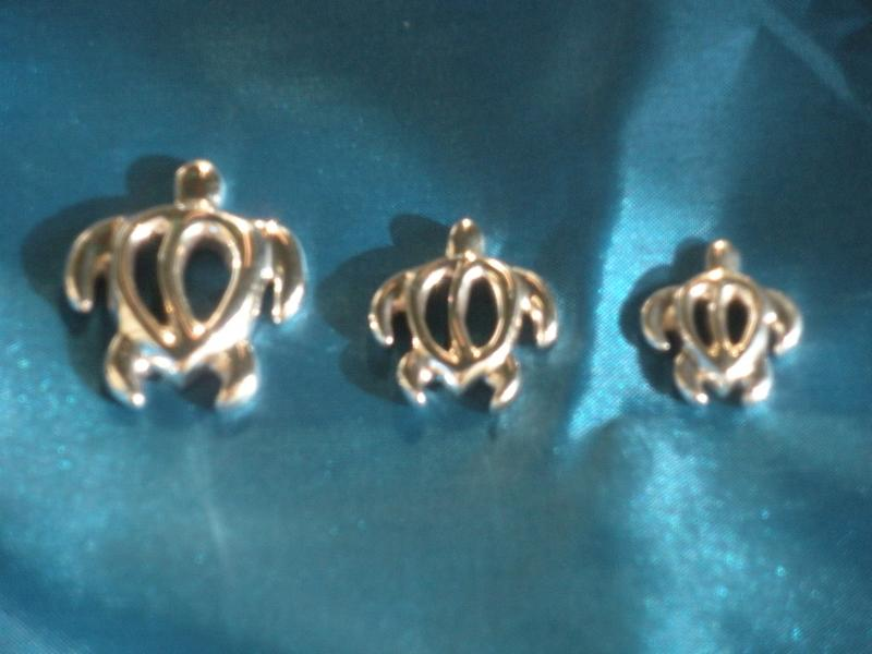 Turle pendents